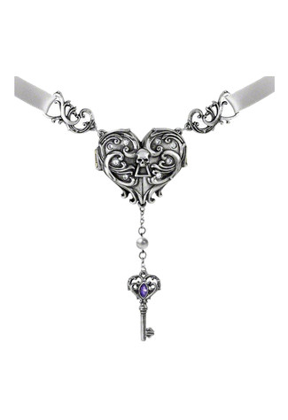Inamorato Locket Necklace